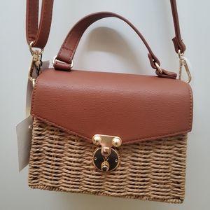 Like Dreams Little bucket purse, Perfect a…